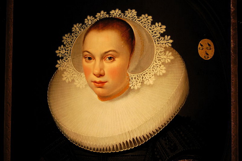 Five Rather Sexy Facts on Elizabethan Ruffs