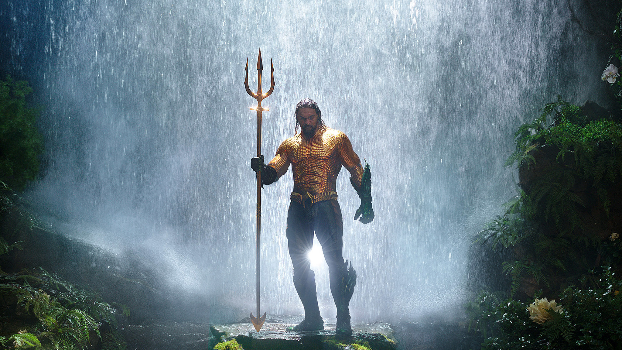 Jason Momoa Reveals His One Major Problem With The Classic Aquaman Costume