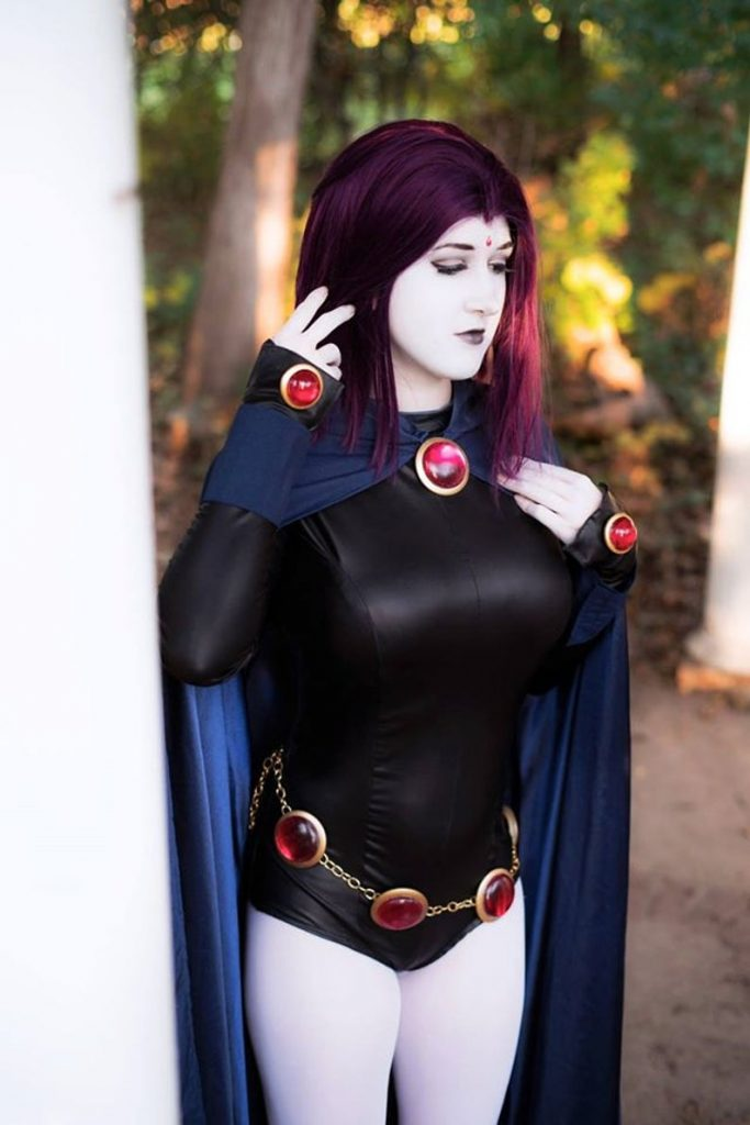 Your Complete Raven Cosplay Guide For [current_date format='F, Y']