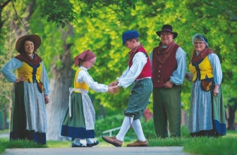 Designing a Folk Costume for Lindsborg, Kansas