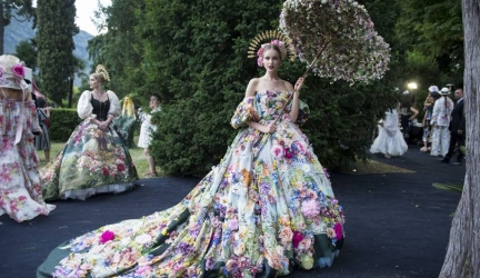 Super-Rich Shine at Dolce & Gabbana Alta Moda Costume Ball