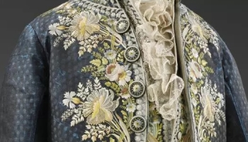 Recreating an 18th Century Court Suit