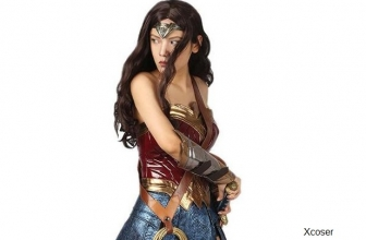 Shop These Wonder Woman Superhero Cosplay Costumes